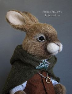 Frodo Rabbit - Needle Felted amazing felt textile art sculpture figure the facial expression and detail in this rabbit are truly spectacular Needle Felted Animals, Felt Animals, Wet Felting, Needle Felting, Wooly Bully, Felting Tutorials, Bear Doll, Felt Toys, Soft Sculpture