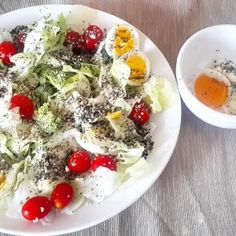Colorful Salad for healthy morning! (www.naturalnibs.com)