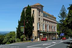 Picture of Lopdell House in Titirangi Nz History, My Family History, New Zealand Houses, Auckland, Contemporary Architecture, What Is Like, Google Images, Places To See, South Africa