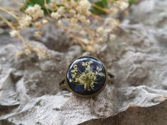 Tiny Flower Ring - Resin Ring - Real Flower Jewelry - Dainty Ring - Gift For Her - Resin Flower Jewelry - Pressed Flower Ring - White Flower by FlowerPoems on Etsy