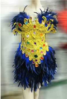 Favourit Rio Carnival Dancers, Spider Girl, Feather Headdress, Bugle Beads, Dance Dresses, Samba, How Beautiful, Your Design, Costumes