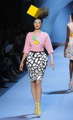 Paris Haute Couture 2011: Christian Dior Autumn-Winter Fashion 2011 ...