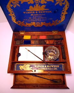 Winsor & Newton Antique artists watercolor paint box c. 1862