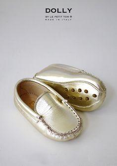 gouden babyschoentjes, dolly mocs, baby moccasins | Le Petit Tom ®