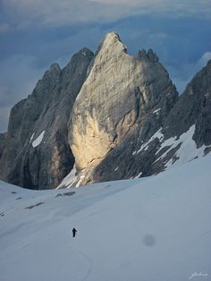 """A """"sword of light"""" in Marmolada, Dolomites. Italy Vacation, Italy Travel, Vacation Resorts, Bergen, Places In Italy, Tourist Places, Visit Italy, Philippines Travel, Famous Places"""