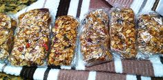 No Bake Almond butter berry Granola Bars - 1 3/4 cups rolled whole oats 1/2 cup goji berries (or a combination of goji berries and mulberries. 1/2 cup maple syrup 1/2 cup room temperature almond butter 2 Tbsp. chia seeds 1/2 teaspoon of cinnamon