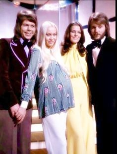 ABBA was a Swedish pop group formed in Stockholm in comprising Agnetha Fältskog, Björn Ulvaeus, Benny Andersson, and Anni-Frid Lyngstad. Abba Mania, Band On The Run, Musica Pop, John Denver, Pop Bands, World Star, Music Icon, Popular Music, Belle Photo