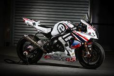 Team R2CL # 2 Motorcycle: Suzuki GSX-R 1000 Tyres: Dunlop Class: Formula EWC Team manager: Raphaël Chaussé (FRA)