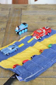 sew it yourself, DIY toy car caddy. car carrier tutorial by Homemade by Jill