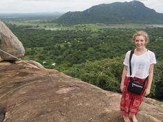 What Women Should Wear Travelling in Sri Lanka