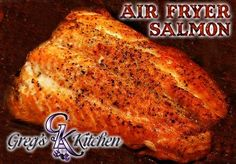 This is one of my newest recipes for my Air Fryer. I can't help but falling more and more in love with it. From the taste of the food to the super easy clean up, how could I not? As most of you know, I love salmon and have many recipes here on my site for Salmon In Air Fryer, Air Fryer Recipes Salmon, Air Fryer Oven Recipes, Salmon Recipes, Fish In Air Fryer, Nuwave Oven Recipes, Actifry Recipes, Cooking Recipes, Cooking Ham