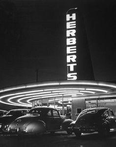 Herberts Drive In Restaurant, California 1945