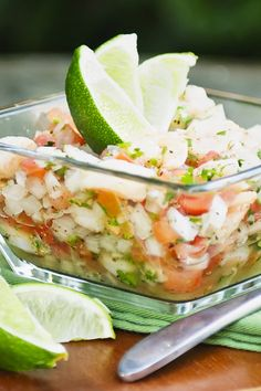 Shrimp and Avocado Ceviche Recipe - 8 Weight Watchers SmartPoints Fish Recipes, Seafood Recipes, Mexican Food Recipes, Cooking Recipes, Healthy Recipes, Seafood Appetizers, Shrimp Ceviche, Ceviche Recipe, Comida Latina