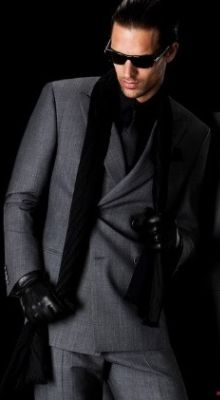 Giorgio Armani suit for men. Celebrities in Giorgio Armani: Kobe Bryant, George Clooney, and Frank Lampard. Look dapper and chic in these Armani suits. Fashion Moda, Look Fashion, Mens Fashion, Bridal Fashion, Sharp Dressed Man, Well Dressed Men, Armani Suits, Armani Men, Armani Black