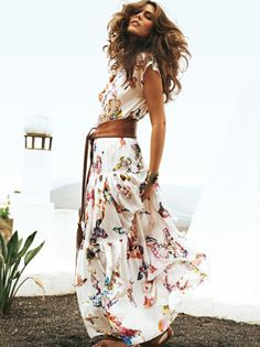 Summer Dresses- wish I could pull off the long dress look!!