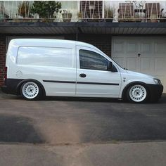 @dan_deakins ' Comblow Looks Mint  #ModifiedVans #Opel #Vauxhall #Combo GO FOLLOW @dan_deakins by modifiedvans