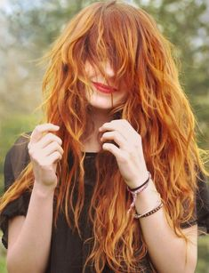 wish I was a ginger so bad. Are you looking for ginger hair color styles? See our collection full of ginger hair color styles and get inspired! Daily Hairstyles, Casual Hairstyles, Messy Hairstyles, Pretty Hairstyles, Hairstyle Ideas, Grunge Hairstyles, Beautiful Redhead, Gorgeous Hair, Great Hair