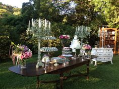 chic outdoor party