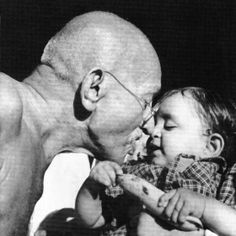 If we are to teach real peace in this world, and if we are to carry on a real war against war, we shall have to begin with the children. ~ Mahatma Gandhi heros-warriors-really-cool-people Mahatma Gandhi Photos, Gandhi Quotes, Mk Gandhi, Quotes Quotes, Black White, Wonder Quotes, Rare Photos, Iconic Photos, Buddhism