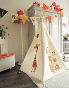 Tipi teepee tent  Vintage animal appliques in by moozlehome, $275.00
