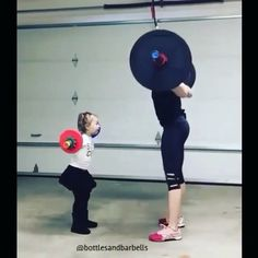 - Double Tap & TAG someone who would love this!  Exercise Credit @bottlesandnarbells