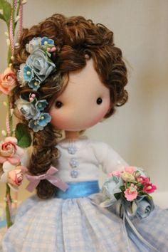 Fidelina muñecas ha sido inspirada en mi hija Lara, es una colección de muñecas elaboradas de forma artesanal, totalmente hechas a mano y con un ingrediente escencial... amor!