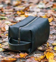 Leather-dopp-kit-go-1447789654