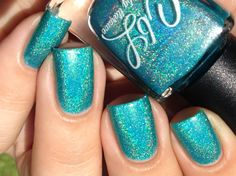 Andrew - Aqua blue green linear holographic. Swatch by @jennpadd1 on Instagram.