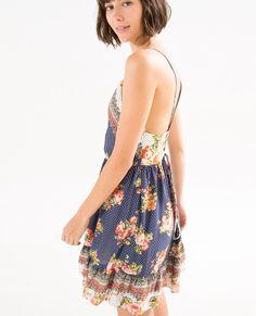vestido curto floral nami