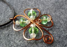 LUCKY LEAF Copper pendant combined 4 wheel crystals by MakeMyStyle