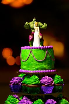 hulk wedding cake toppers Cute Hulk and Fairy Bride wedding cake