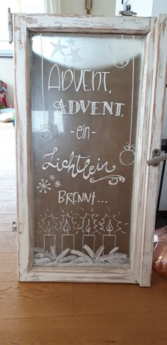 Diy Home Crafts, Decor Crafts, Easy Crafts, Christmas Wall Art, Decorating With Pictures, Photo Craft, Tree Wall, Chalkboard, Christmas Decorations