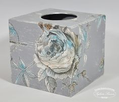 Decoupage i nie tylko… | Shabby Chic, Kleenex Box, Decoupage Box, Covered Boxes, Tissue Boxes, Stencils, Decorative Boxes, Arts And Crafts, Rocking Horses