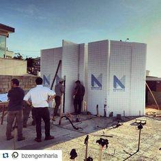 #Repost @bzengenharia with @repostapp  Paredes levantadas a partir de painéis em EPS e malha de aço. Execução e gerenciamento da #bzengenharia. Parceria com @monoforte. Mais informações: http://ift.tt/1KcyzL6 #monoforte #obrasustentavel #sustentavel #sustentabilidade #arquiteturasustentavel #construcaocivil #obralimpa #construcaosustentavel #obra #engenheiro #engenheira #engenharia #arquitetura #arquiteto #arquiteta #tecnicoemedificacoes #edificacoes #construtora #incorporadora #2016 by…