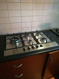 New Gas Cooktop installed and commisioned Aldi