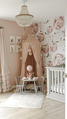 Girl Nursery Themes, Nursery Room Decor, Vintage Nursery Girl, Accent Wall Nursery, Baby Nursery Ideas For Girl, Bambi Nursery, Baby Nursery Wallpaper, Whimsical Nursery, Nursery Dresser
