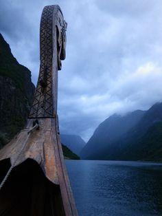 Viking ship via SWEET WHITE VIOLETS