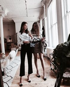 55 Ideas For Quotes Disney Friendship Bff Looks Style, Style Me, Bff Pictures, Street Style, How To Pose, Best Friend Goals, Style Vintage, 90s Fashion, Fashion Brands