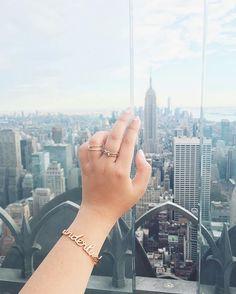 Take me to New York! // #WCOgirlgang @jemmawei in Wanderlust Rose Gold Bangle