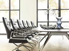 GRAPH conference chair and conference table | Design by jehs + laub | By Wilkhahn | #graph