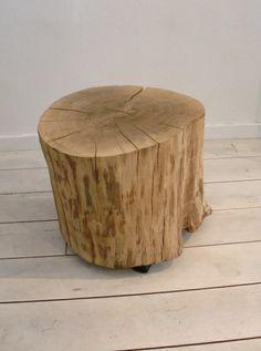 Stammtisch Tisch Hocker Eiche Holz Baumhocker von Stattfein auf DaWanda.com