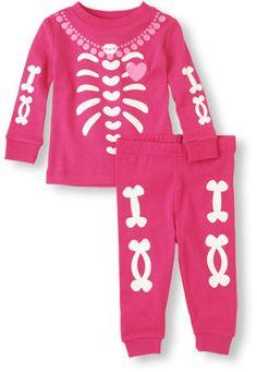 Pink Skeleton pj set - perfect fall PJs for the girls #halloween
