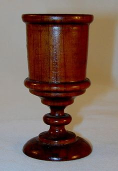 """1.5/""""H Bois d/'olivier communion Cup."""