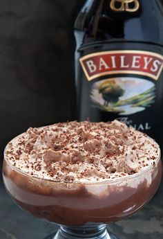 This is a Baileys Triple Chocolate Trifle - dark chocolate sponge, thick Baileys Original Irish Cream infused milk chocolate ganache, Baileys whipped cream. Trifle Desserts, Just Desserts, Delicious Desserts, Dessert Recipes, Baileys Recipes, Irish Recipes, Sweet Recipes, Chocolate Trifle, Chocolate Recipes