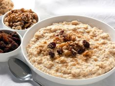 Hulled Barley Breakfast Bowl - Dr Oz - By replacing regular oatmeal with barley, you are adding a more complex and fibrous grain to your meal. Healthy Pregnancy Snacks, Healthy Snacks, Healthy Eating, Healthy Recipes, Healthy Breakfasts, Delicious Recipes, Crock Pot Recipes, Crockpot Meals, Breakfast Bowls