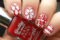 Advent Tutorial: Christmas Jumper Nail Art