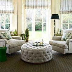schones symmetrische einrichtung fuer gelungenes wohndesign website images oder efbfabcecf sofas
