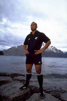Jonah Lomu of the New Zealand All Blacks in Queenstown New Zealand Mandatory Credit Mark Dadswell /Allsport
