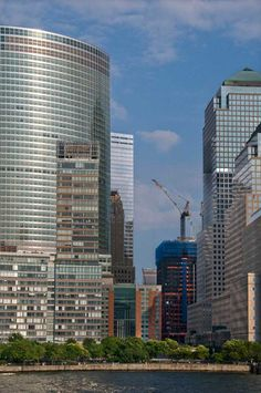 The new World Trade Center Tower starting to rise 2010 Daniel Nadler Photography