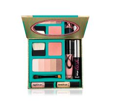 MUST TAKE  Oh my goodness! I haven't seen this before, but if i would be traveling to my dream destination, this travel size makeup kit from Benefit Cosmetics is something I would definitely purchase! LOVE.